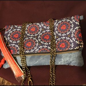 Handbag, clutch